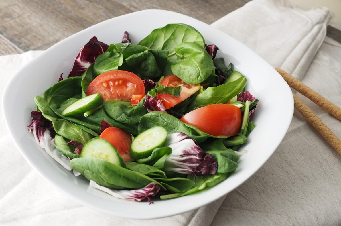 chutný salát
