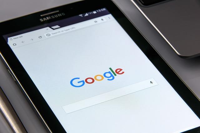 mobil s Googlem.jpg