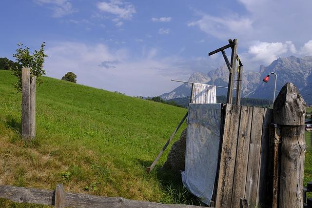 zahradní sprcha v horách.jpg